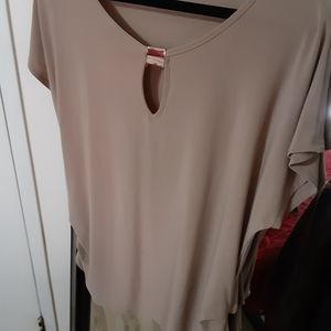 Taupe short sleeve top